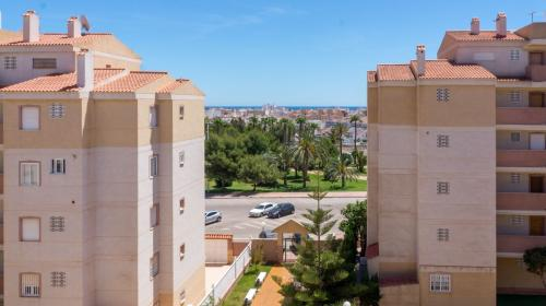 Costa Blanca South / Torrevieja / Calas Blancas / Coastal area      / Resales / Apartment